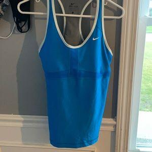 Women's size L Nike dry fit built-in sports bra